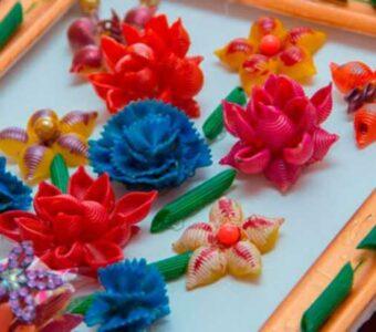 Поделки из макарон своими руками поэтапно: делаем оригинальные и красивые макаронные украшения и игрушки (140 фото)